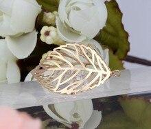 16d2c9a9a43d Vintage oro hojas dentro rhinestone Amuletos Colgantes para joyería hacer  bijoux pulseras Accesorios caliente s75