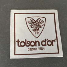 Customized 7*7CM Woven Label Garment for Clothing