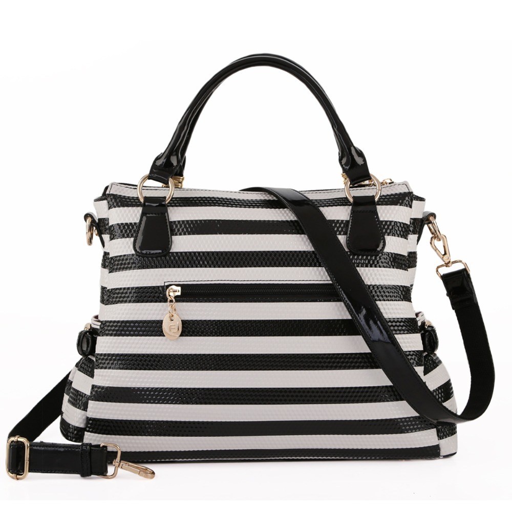 2017 New Striped Bag Women Shoulder Black And White Color Animal Pattern Fashion Crossbody Winter Free Shipping In Bags From Luggage