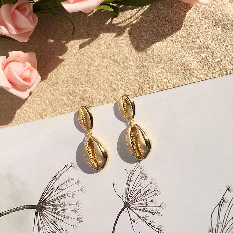 Chandler Hot Cowrie Shell Earrings Women Gold Color Geometric Irregular Starfish Conch Metal Brincos 2019 Fashion Summer Jewelry