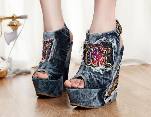 Spring Summer Women Canvas Shoes 2017 Hot Sale Fashion Print Embroidery Flowers Retro Denim Women Sandals Platform Party Shoes 2016 spring and summer free shipping red new fashion design shoes african women print rt 3