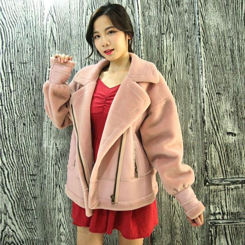Nouvelle Hiver en peau de mouton manteau femmes vestes En Peau de Mouton Épaissir Flocage court tops moto En Cuir veste femme chaud vestes 2305