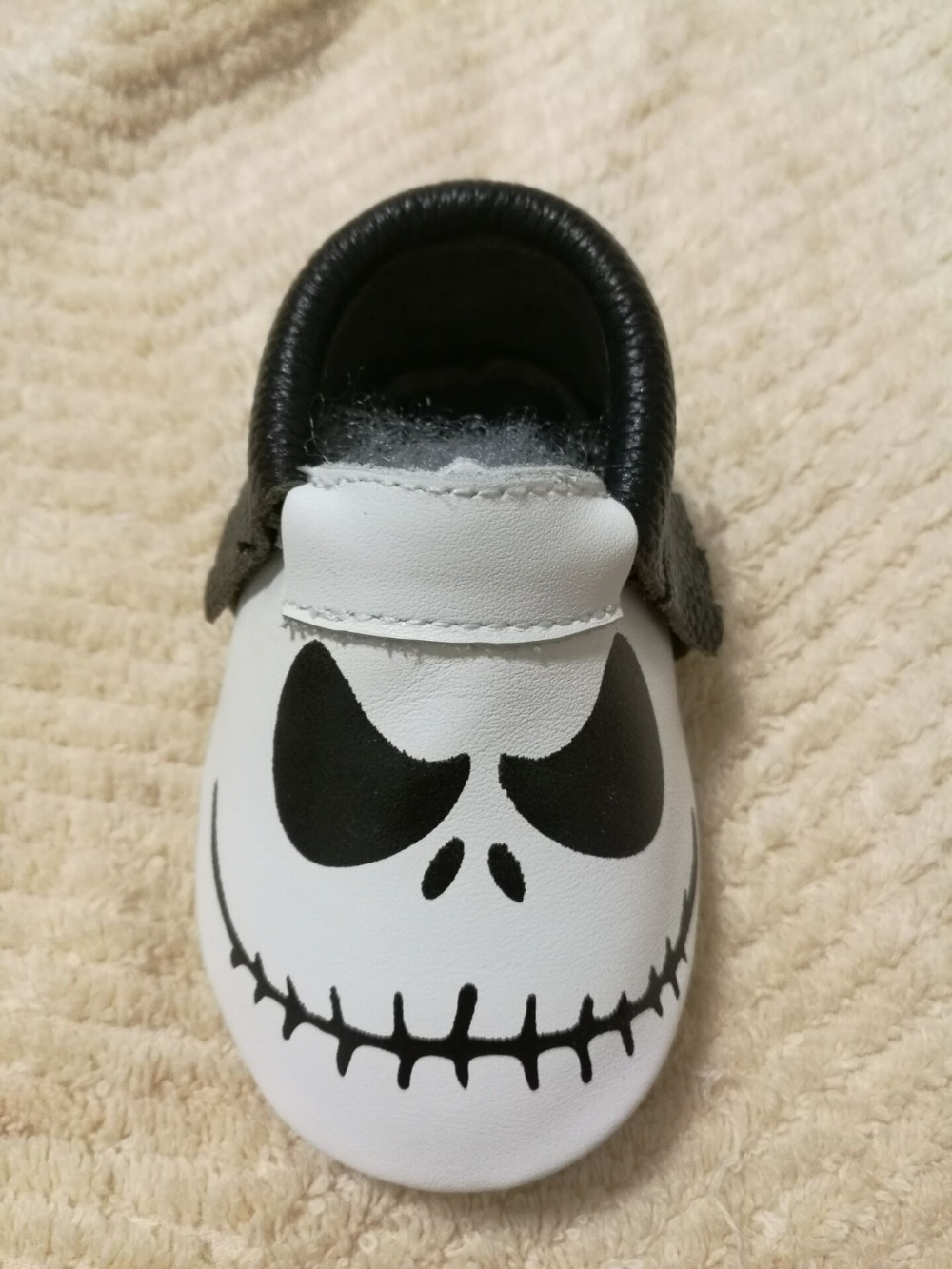 New-Stylish-Genuine-Leather-Baby-Moccasins-Shoes-Halloween-presents-for-bebe-Baby-Shoes-Newborn-first-walker-toddler-Shoes-2