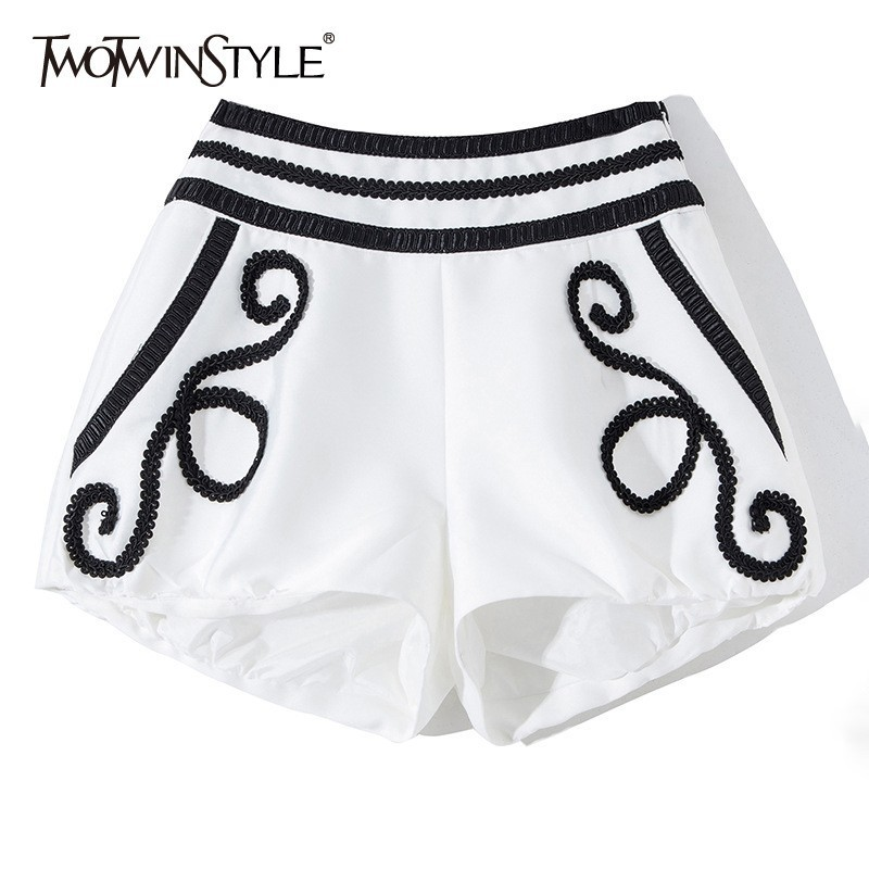 TWOTWINSTYLE Casual Embroidery Patchwork Women Shorts High Waist Hit Color Big Size Short Trousers Female Fashion Summer 2019