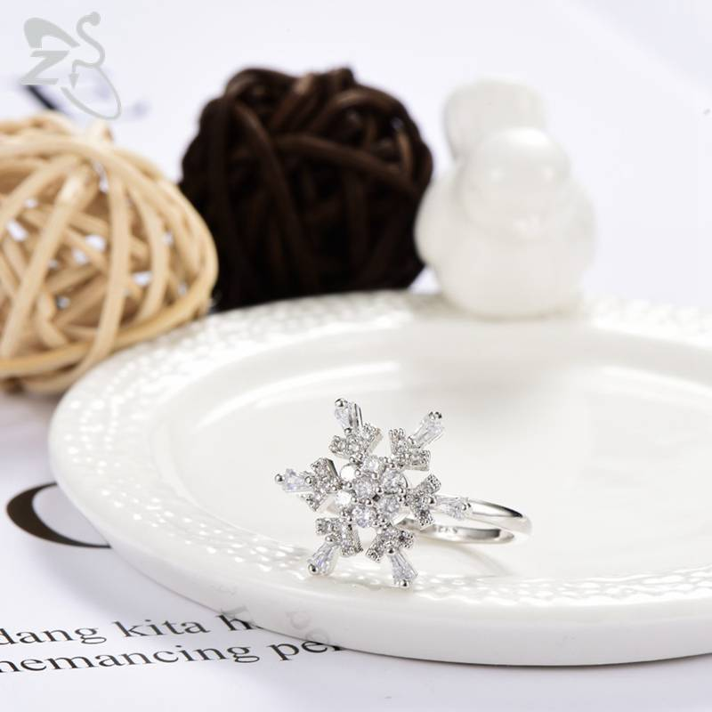 Romantic Snow Flower Rings