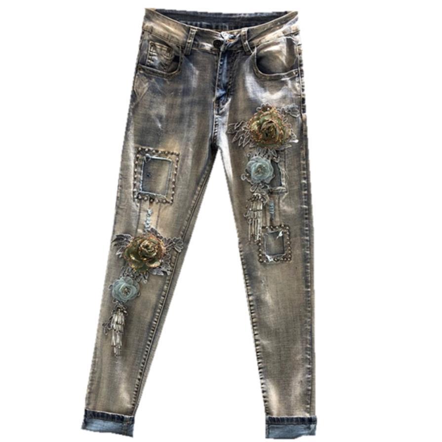 Women Fashion Slim Heavy Embroidered Three-dimensional Flower Hole Elastic Skinny Jeans Plus Size 25-31