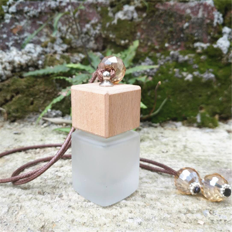 8ml Beautiful Frosted Car Pendant Essential Oil Perfume Bottle Empty Car Hanging Crub Square Perfume Bottle