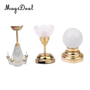Image 1 - 3 adet/paket 1:12 bebek evi minyatür LED masa lambası tavan lamba pili işletilen plastik ışık yatak odası dekoru aksesuarları oyuncak
