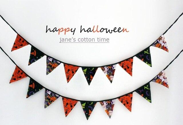 Kết quả hình ảnh cho Candy Corn Pom Pom Bunting halloween sewing