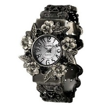 Women Ladies Watches Fashion Vintage Cuff Bangle Watches Women Antique Engraved Quartz Bangle Bracelet Watch Relogio Feminino