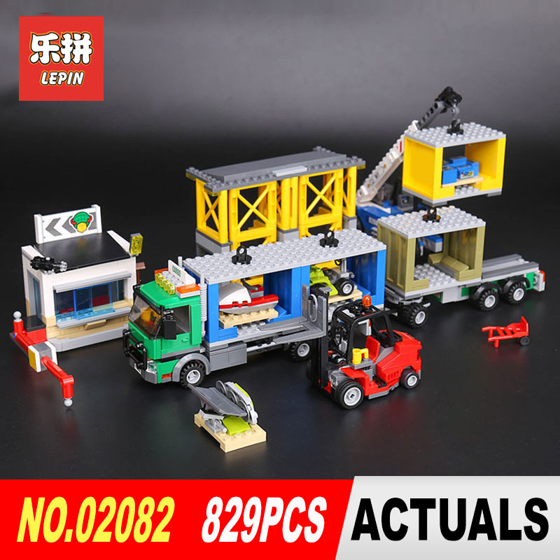 Lepin 02082 829Pcs City Series The Charge Terminal Set Building Blocks Bricks Educational Toys Model for Children Gifts 60169 a toy a dream lepin 02043 718pcs building blocks bricks new genuine city series airport terminal toys for children gifts