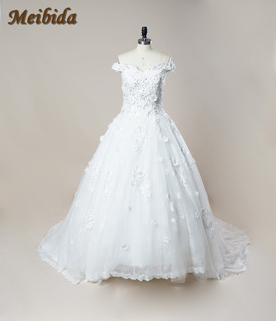 18092618f53 Luxury Ball Gown Wedding Dress 2017 Full Embroidery Royal Train White Lace  Bridal Gowns Sexy V