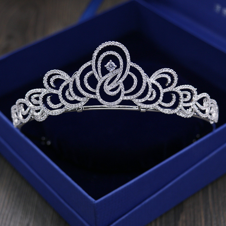 New Arrival Stunning Vintage Prong Setting Clear Cubic Zircon Wedding Tiara CZ Bridal Queen Princess Pageant Royal Party Crown