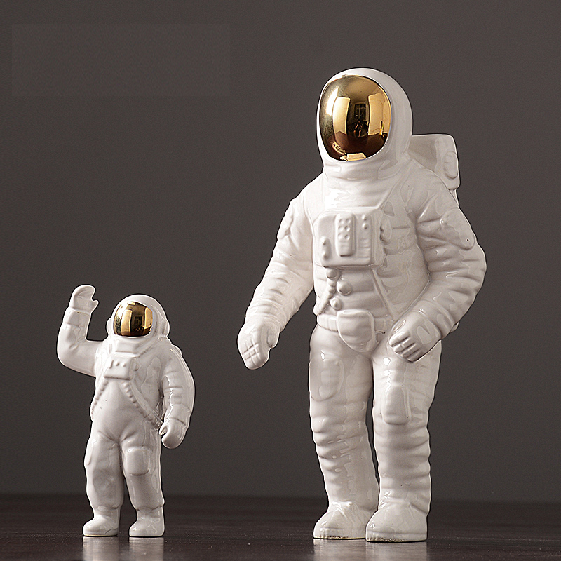 Modern Astronaut Sculpture Ceramic Figure Statuette Spaceman Abstract Statue Home Decoration Accessories Craft figurine Decor