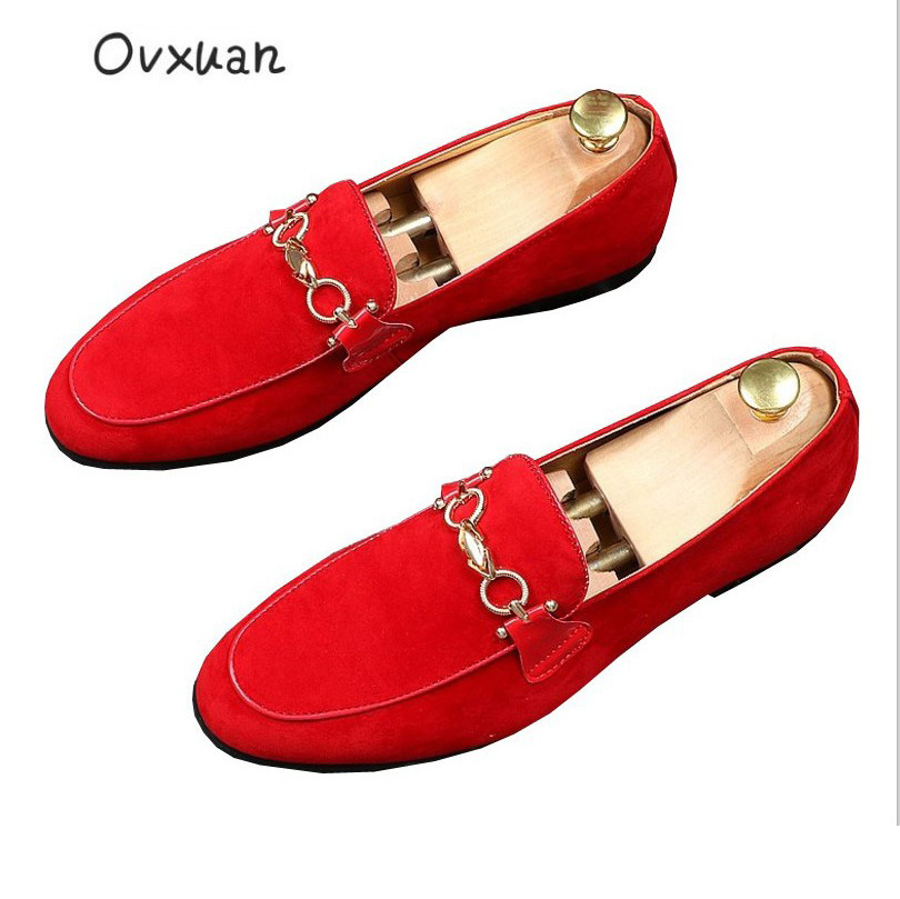 все цены на Ovxuan Red Nubuck leather Prom Loafers Men Slippers Metal Buckle Man Flats Party Wedding Men's Dress Shoes Casual slip on shoes онлайн