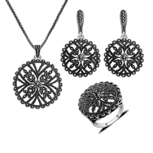 Nueva Moda de Joyería de Plata Antiguo Plateado collar Set Joyería de La Vendimia Negro Rhinestone Ahueca Hacia Fuera los Grandes Conjuntos de Collar Redondo de La Flor
