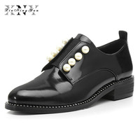 XIUNINGYAN Sapatas Lisas das Mulheres Pérola Salto Baixo deslizamento Rodada Toe Sapatos De Couro Casual Preto Bege Moda Sapatos Oxfords para senhora