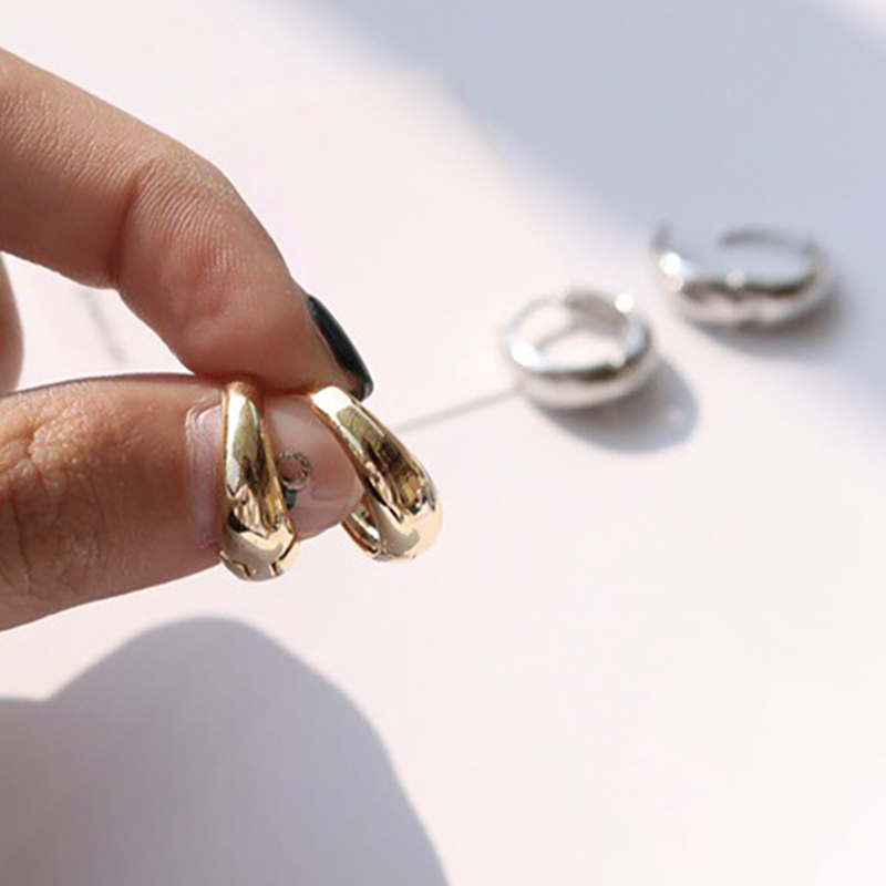 SRCOI Trendy Gold Silver Color Thick Hoops Earrings Round Circle Geometric Huggie Earrings Minimalist Mini Small Loop Wholesale