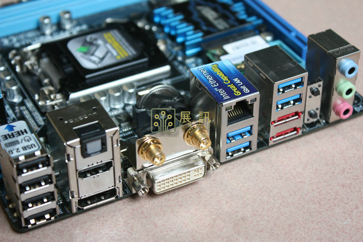 D'origine carte mère ASUS P8Z77-I DELUXE LGA 1155 DDR3 pour I3 I5 I7 USB2.0 USB3.0 16 GB Z77 Desktop Motherboard Livraison gratuite