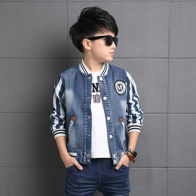2016 Spring fall fashionable classic children's denim jacket boy baseball collar labeling M striped stitching jacket