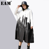 EAM 2018 New Spring Lapel Long Sleeve Irregular Splash Ink Printed Loose Big Size Long