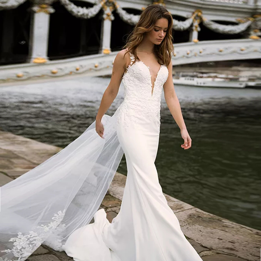 Deep V neck Bodice Double Layered Mermaid Wedding Dress With Detachable Train Illusion Tattoo Style Back