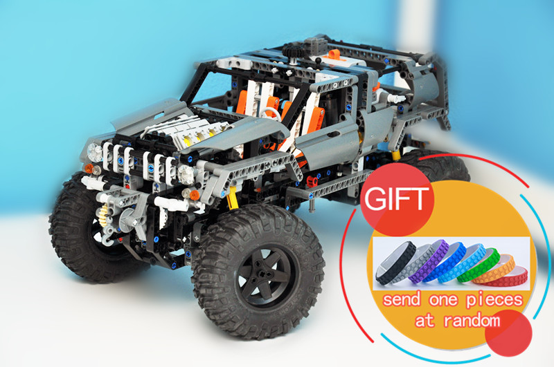 20030 1132Pcs The Off-Roader Technical Series Set Compatible with 8297 Educational Building Blocks Toys lepin 20030 technic ultimate series the 1132pcs off roader set children educational building blocks bricks toys model gifts 8297