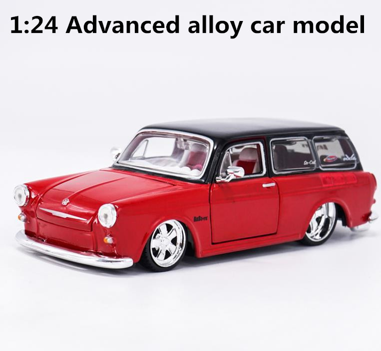 1:24 sacle alloy car,high simulation model cars 1967 VW 1600 SQUAREBACK,metal diecasts,collection toy vehicles, free shipping bburago 360 challengr 1 24 alloy car model toys diecasts & toy vehicles collection kids toys gift