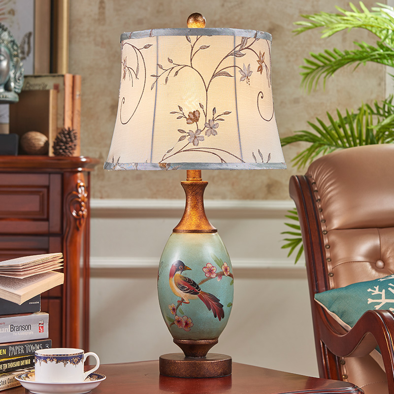 European style retro lamp bedroom bedside lamp wedding wedding room hand-painted art study creative hand-painted American living american study desk lamp of bedroom the head of a bed european style living room hh creative fashion retro robot reading lamp