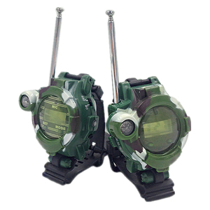 Image 2 - 2 stücke In 1 Walkie Talkie Uhr Camouflage Stil Kinder Spielzeug Kinder Elektrische Starke Klar Palette Sprech Kinder Interaktive Radio