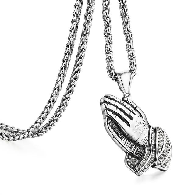 Bedjande händer i retro-stil – Hängsmycke med kedja.