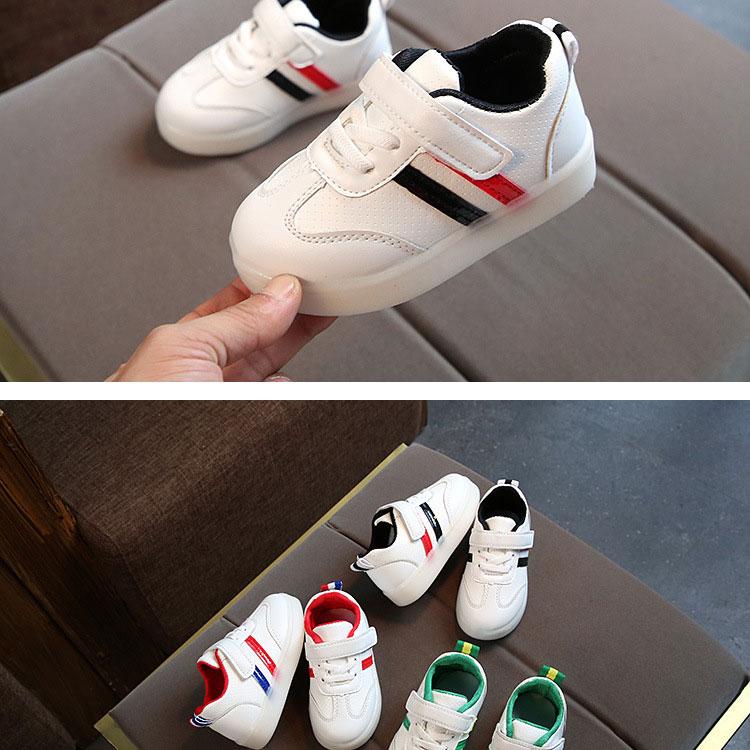 children-glowing-sneakers-1_11