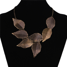2016 Fashion Vintage Retro Antique Gold Metal Leaves Collar Necklaces Jewelry Big Leaves Statement  Necklaces & Pendants Women