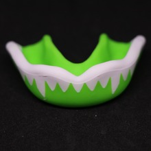 FGHGF Mouth Guards Junior Girls Custom Fit Sports Mouthguard for Kids/Adults Football Mouthguard jim jr smith football s true smash mouth offense robust football