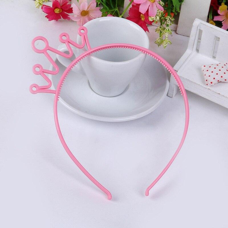 Пластиковая Корона повязка для волос Разноцветные заколки для волос для девочек детские диадемы повязка на голову вечерние ювелирные изделия аксессуары 12 шт./лот - Цвет: pink
