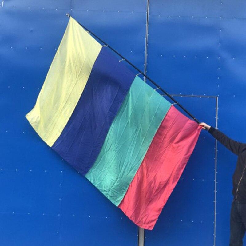 Production de soie quatre couleurs (2.1*1.4 m) drapeau multicolore carré tours de magie scène fête Gimmick Illusions drôle apparaissent drapeau Magia