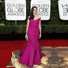 Goldene Globale Academy Awards 2016 Oscar Mermaid V-ausschnitt Satin Plissee Roter Teppich Kleider Lila Berühmtheit Abend Prom Kleider OE12