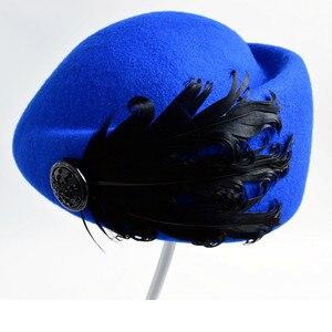 Image 3 - 2020 새로운 럭셔리 깃털 스튜어디스 모자 페도라 모자 여성 패션 솔리드 울 빈티지 모자 여성을위한 영국 스타일의 베레모