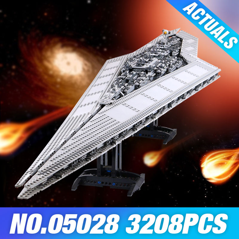 LEPIN 05028 Star Plan Execytor Super Destroyer Model Building Block Brick DIY Educational 10221 Wars Toys Children Christma Gift lepin 05028 star 3208pcs toy wars execytor super star destroyer model building kit block brick compatible 10221 boy gifts