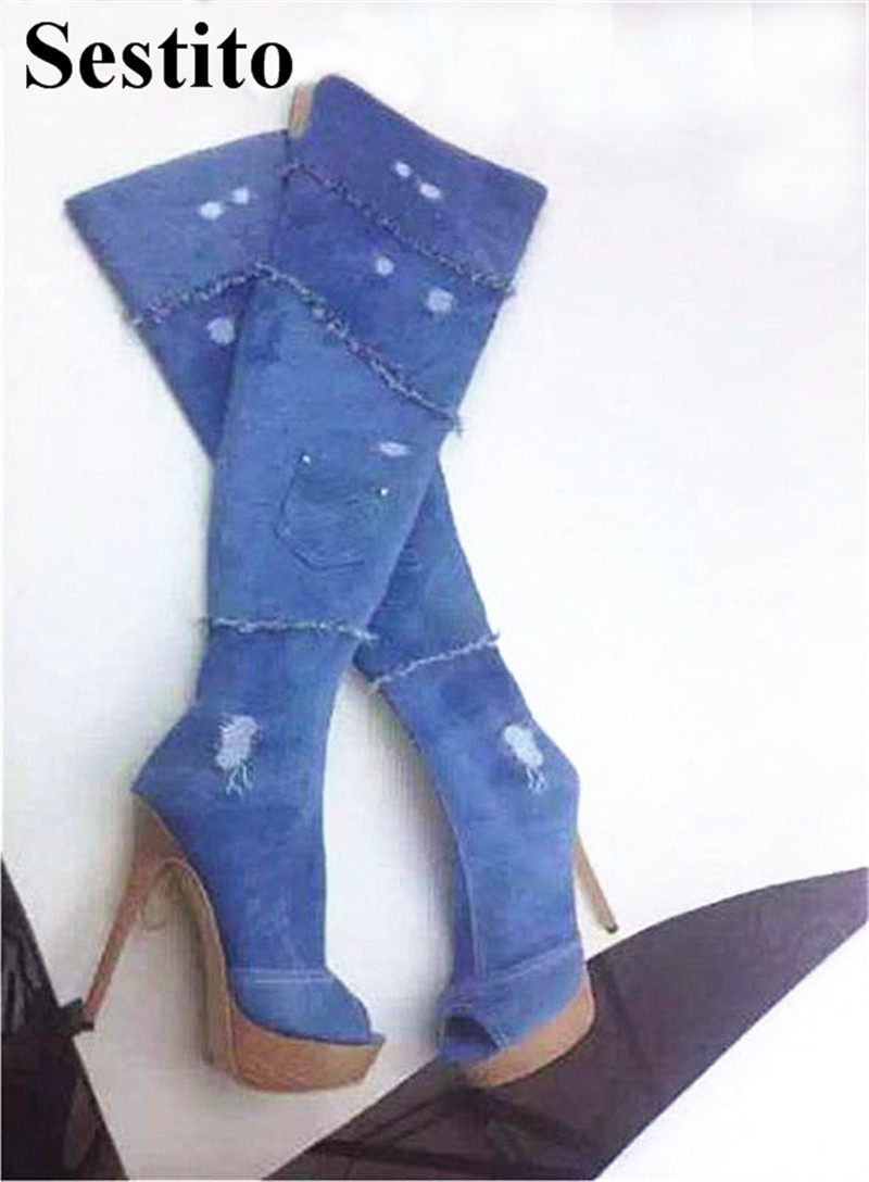 цена European Fashion Denim Woman Long Boots Super High Heel Platform Knee-High Boots Peep Toe Thin Heels Zip Fringe Boots Shoes в интернет-магазинах