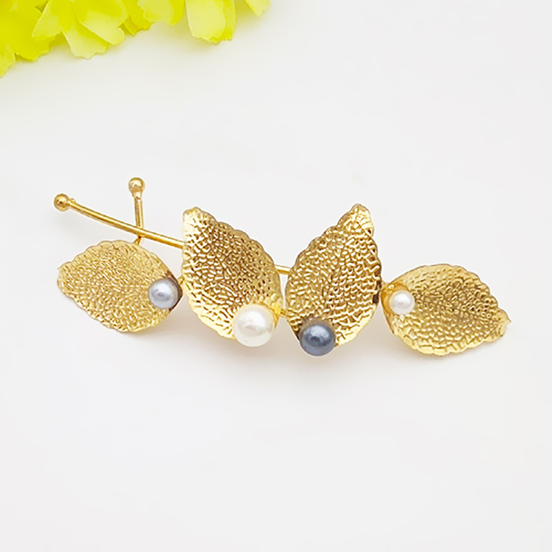 Fashion Women Girl Hot New Wedding Hair Accessories Branches Leaves Pearl Hairpin Side Folder Hair Clip Jewelry Headbands in Women 39 s Hair Accessories from Apparel Accessories