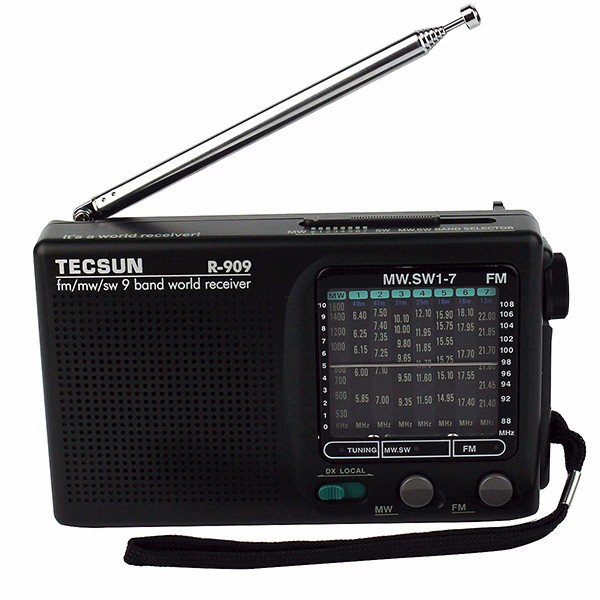 TECSUN R-909 FM AM SW World (3)