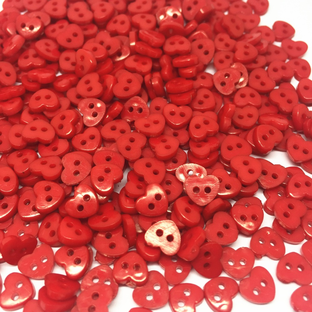 1000pcs Red 6mm Tiny Heart Mini Buttons Plastic Sewing Doll Clothes
