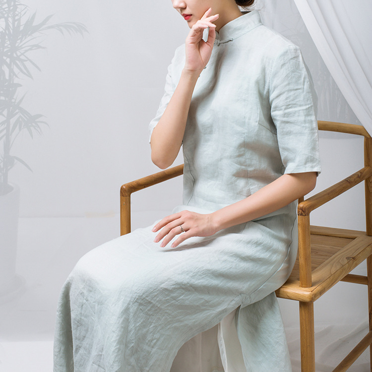 2018 Original Design Commoner Enzyme Dyeing Light Green Retro Cotton Linen Improvement Cheongsam Stand Collar Dress Maxi N077