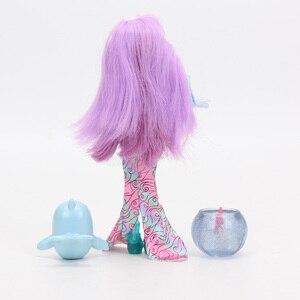 Image 3 - Enchantimals Bambole Giocattoli FKV54 Dolce Delfino Largq Jessa Medusa Marisa Clarita Pagliaccio Schiamazzare Figure Set Modello di Bambola di Moda