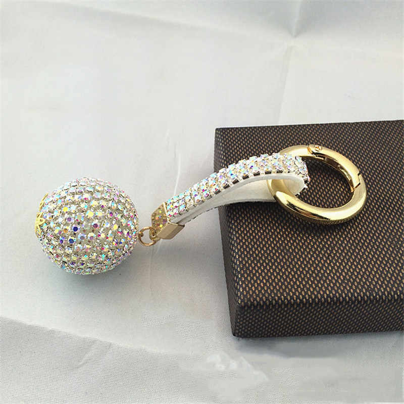 แฟนซีแฟนตาซีใหม่ Strass Rhinestone สายหนังคุณภาพสูงคริสตัล Ball พวงกุญแจรถ Keychain Charm จี้คีย์แหวนผู้หญิง