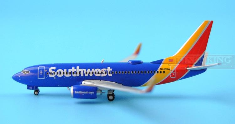 GJSWA1461 GeminiJets USA Southwest Airlines 1:400 B737-700WL commercial jetliners plane model hobby