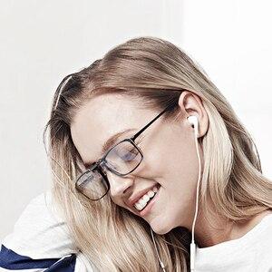 Image 4 - Youpin TS 35% Anti blue rays Clip Sunglasses Clip For Glasses TAC Lens 10g Zinc alloy 110 Degree random upturn Eye Protector