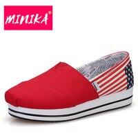 Minika Новое поступление без каблука обувь на платформе для Для женщин американский флаг узор дамские туфли на плоской подошве удобная и мягка...