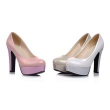 2016 New Shoes Lady's Big Size Patent Leather  hoof heels High Pointed Toe Office Pumps Pink Shinning  Women's Shoe Elegant